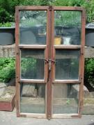Fensterflügel, zweiflügelig, verziertem Griffstück, lustige Lüftungsflügelchen