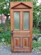 Historisches Haustür-Element, einflügelig, mit original Rahmen, Pitch-Pineholz.