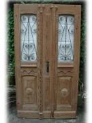 Historische Haustür zweiflg., mit Schmiedegitter