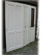 Satz drei Stück gleiche Zimmertüren mit vier Kassetten