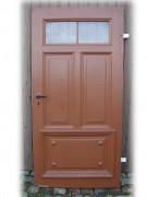 Schlichte, aber sehr stabile massive Haustüre, einflügelig, Nadelholz