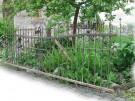 Historischer / Antiker Zaun mit Schwung, Spitzen u. Zierteil, ~ 4,83 m Breite