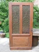Historische Haustüre, einflügelig, mit original Rahmen und Oberlicht, Eichenholz.
