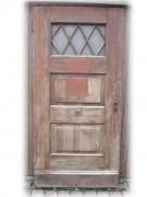 Haustüre der 20er Jahre, einflügelig,  Nadelholz, mit einem schönen Lüftungsflügel
