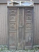 Historisches Haustüre in Eichenholz mit original Oberlicht und Kämpfer