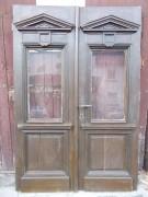 Historische Eichenholz-Haustür, zweiflg., mit großen Fensterflügeln