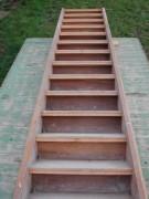 Geradeläufige Treppe in Buchenholz, Geschosshöhe 320 cm