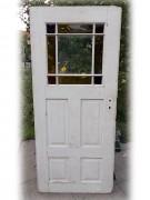 Historische Zimmertür mit Holzsprosse und original Verglasung