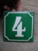Antike Hausnummer in Emaille, grün-weiss, 10 x 10 cm