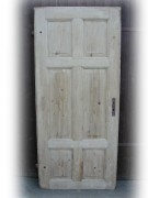 Zimmertür mit sechs Kassetten