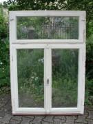 Fenster zweiflügelig mit Oberlicht und Rahmen, drei Stück