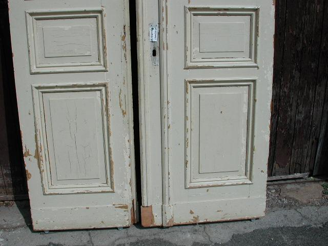 Flügeltüre, Wohnungstüre,  Abschlusstüre, Windfangtüre, zweiflügelig, 2/5 zu 3/5 geteilt, Nadelholz