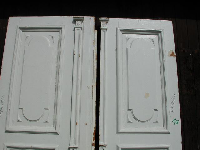 Herrschaftliche gestaltete Flügeltüre, Wohnungstüre,  Abschlusstüre, Windfangtüre, zweiflügelig, 2/5 zu 3/5 Teilung, Pitch-Pine / Kan. Kiefer/ oder Lärche