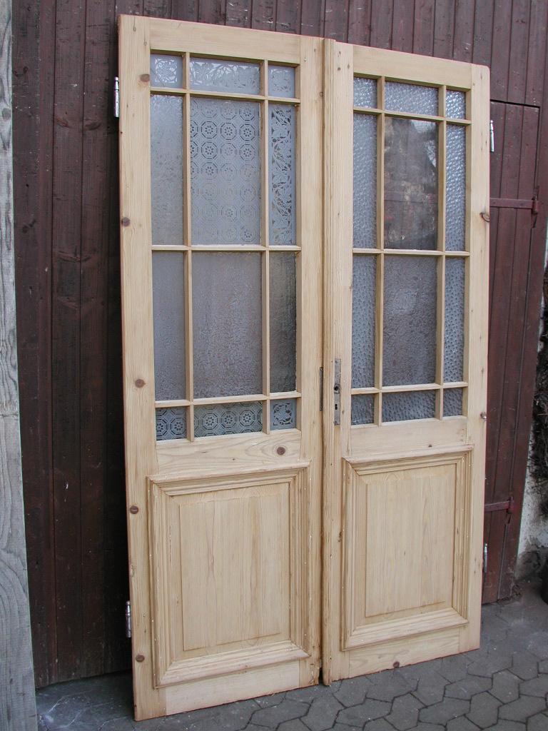 Historisches Windfangtür- / Wohnungstürblatt, oder Flügeltürblatt, Nadelholz, sauber entlackt