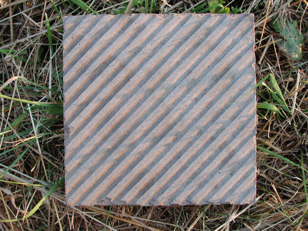 Fliese im Maß 16,5 x 16,5 cm, 175 Stück