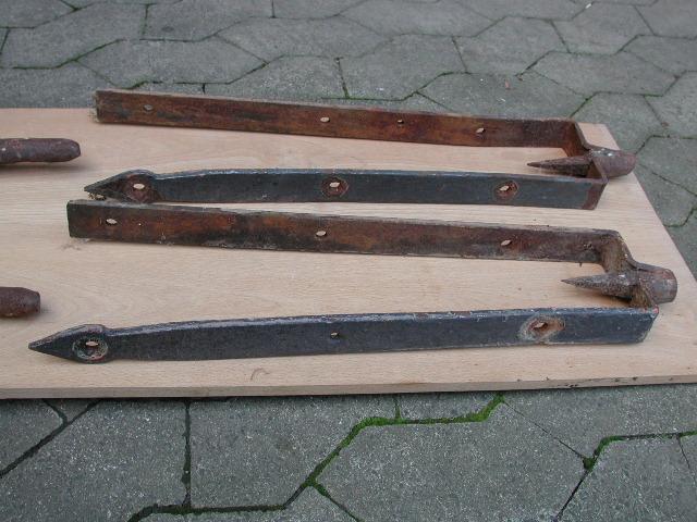 Satz geschmiedete Drehzapfen für Holztor