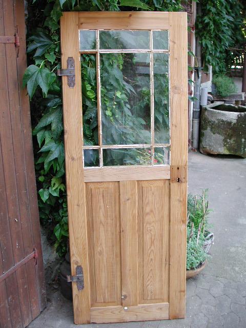 Historisches Zimmertürblatt mit Mehrfachsprosse, absolut sauber entlackt, jetzt im Naturholz
