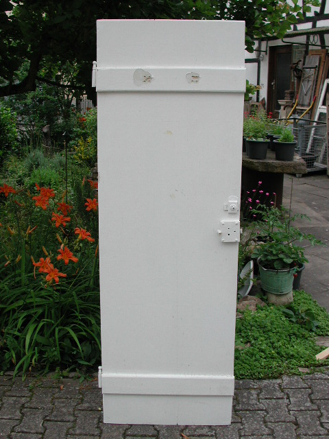 Toilettentüre, WC Türe mit Frei-Besetzt Zeichen