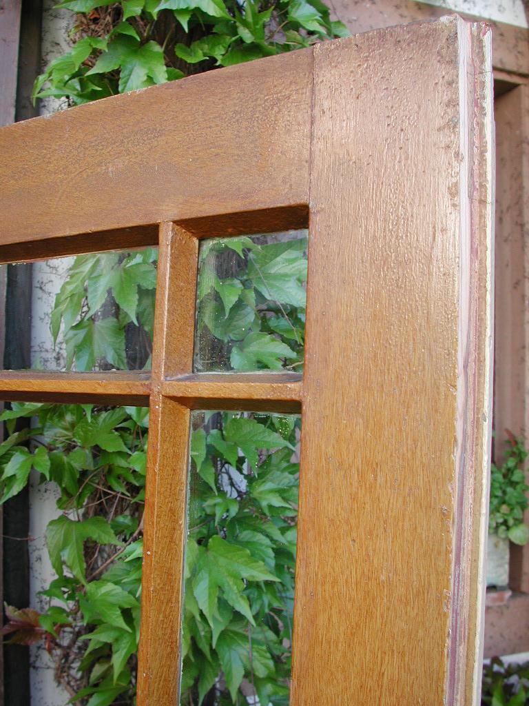 Historisches Zimmertürblatt, filigrane Holzsprosse, Nadelholz, original Schierglas